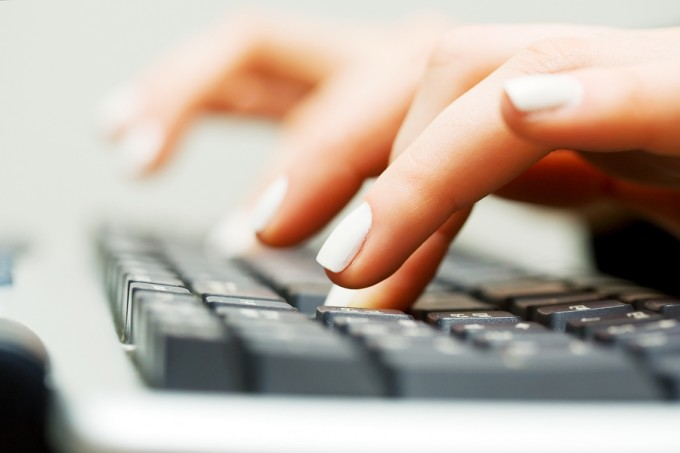 bigstock-Female-hands-typing-on-the-com-20310956_3ebffd094febc49c1805737a7f9d4869