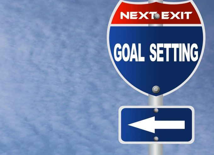 bigstock-Goal-setting-road-sign-48221984_29998e0e92805db4cff6dabbb195b3cb