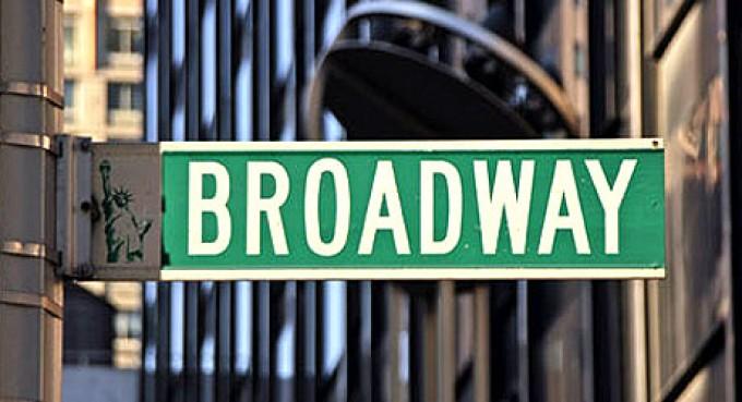broadway-sign_9756c75dafd83d7263ca61f0d126df80